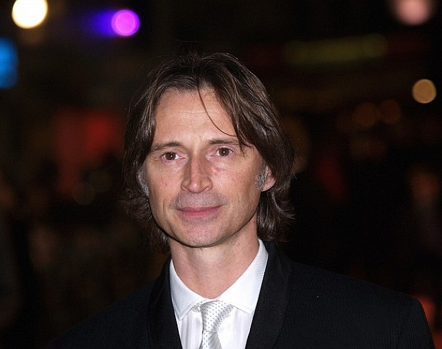 robert carlyle james bond