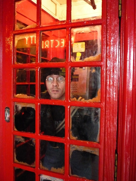 stuck-in-a-phonebox-1