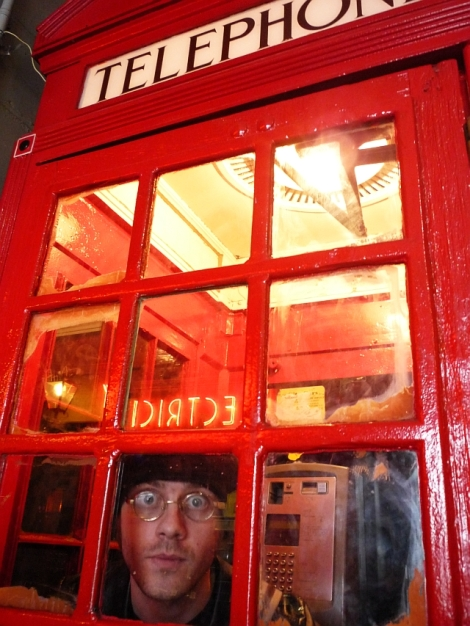 stuck-in-a-phonebox-2