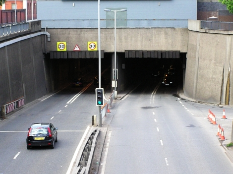 wfm_clyde_tunnel